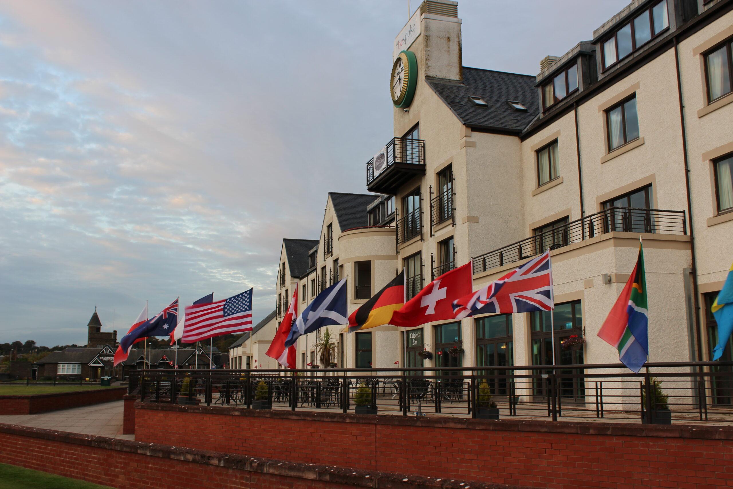 Clubhouse von Carnoustie und gleichzeitig gleichnamiges Hotel